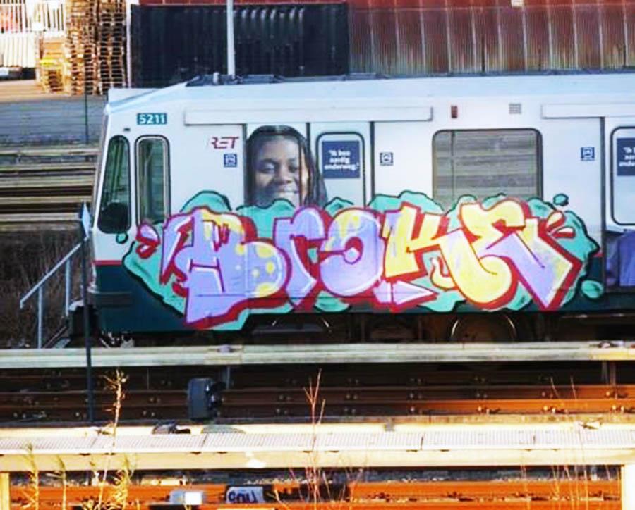 graffiti subway rotterdam holland broke