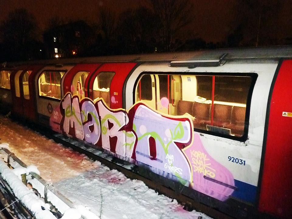 graffiti subway london UK tube maro