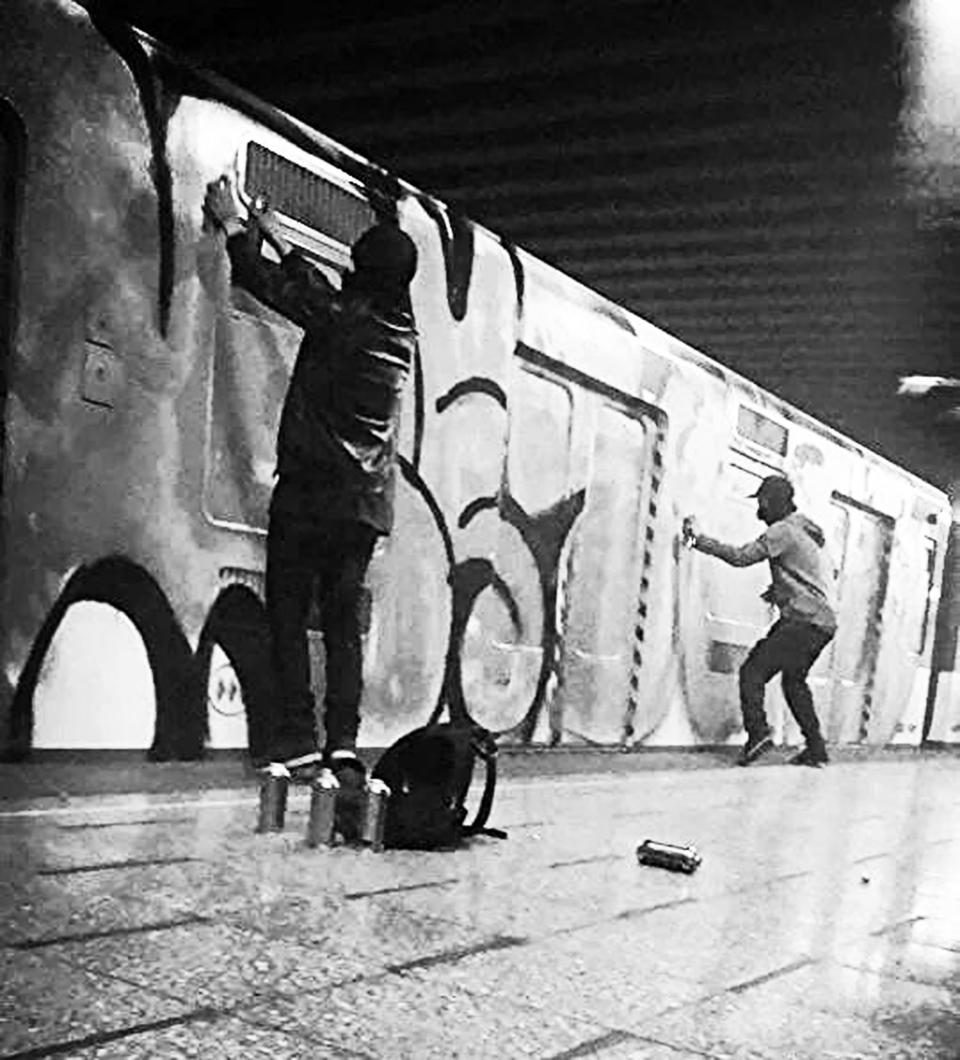 graffiti subway santiagodechile  chile sudamerica afules wholecar action
