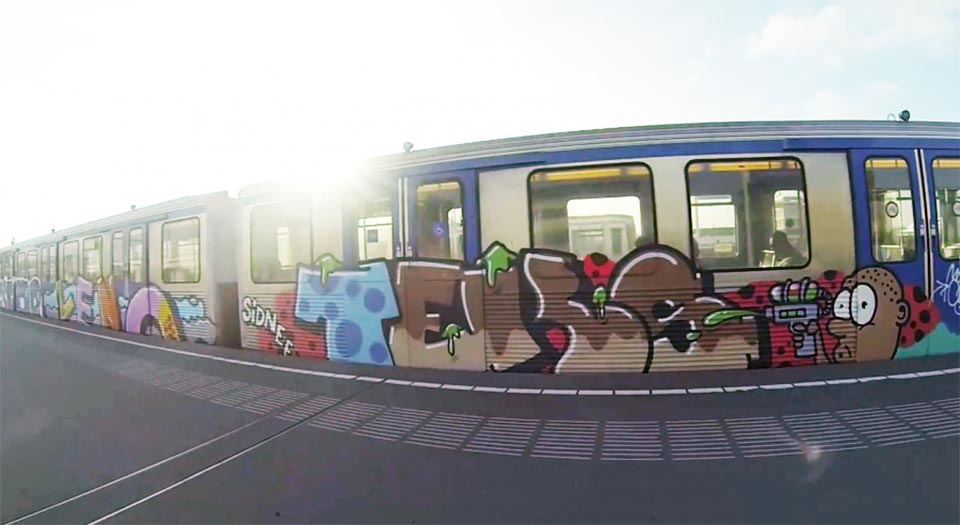 graffiti subway amsterdam holland running sunlight teks
