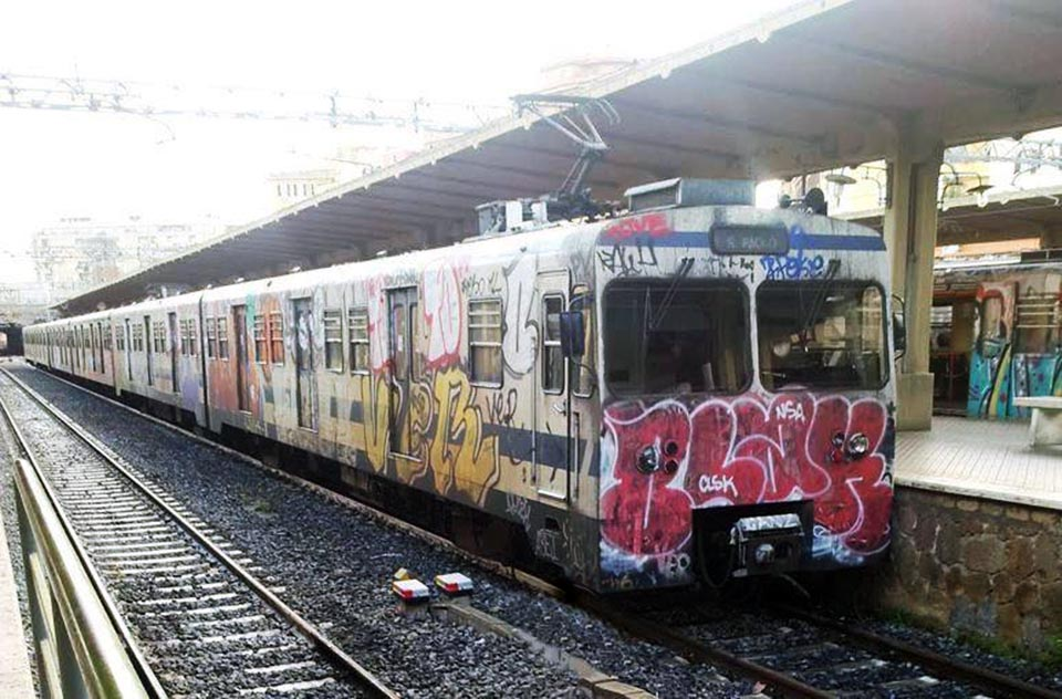 graffiti subway rome italy ver blak nsa lidoline