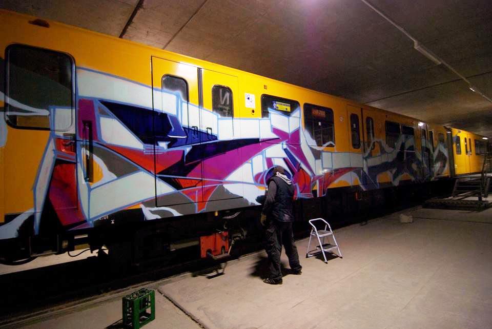 graffiti subway berlin germany yard unlikeu kingshit
