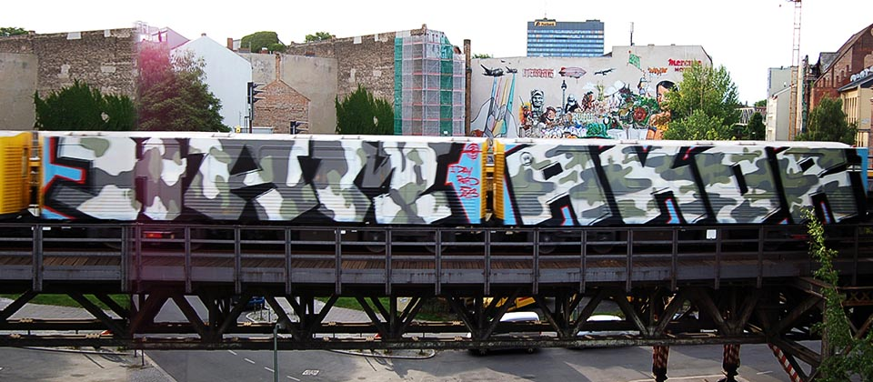 graffiti subway u-bahn berlin germany running ham akor