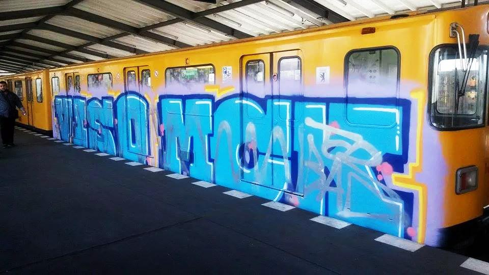 graffiti subway u-bahn berlin germany running viso mck crossed tcr bad