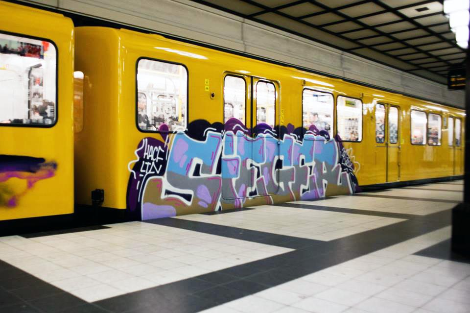 graffiti subway berlin germany sieger running