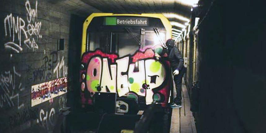 graffiti subway berlin germany tunnel oneup 1up