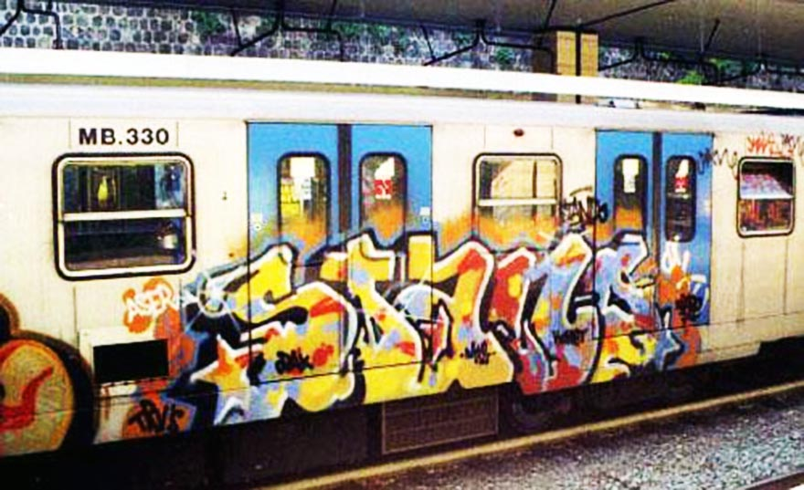 graffiti subway train rome italy bline stand mt2 trv