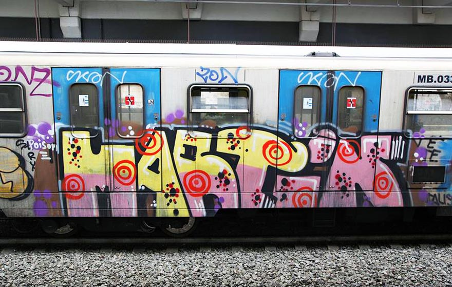 graffiti subway train rome italy martin