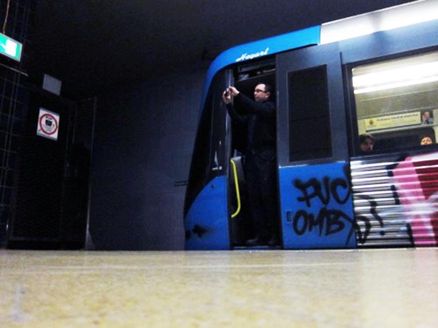 graffiti subway stockholm saycheese