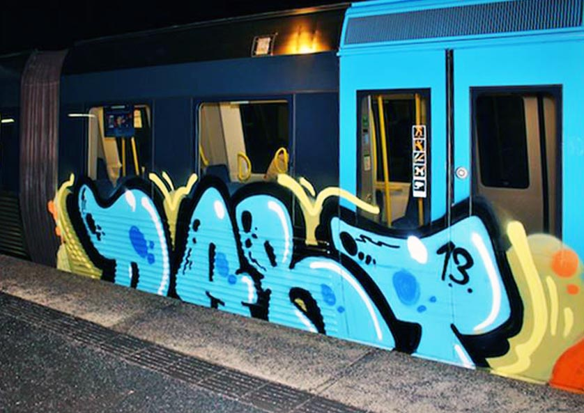 graffiti subway stockholm sweden dart running