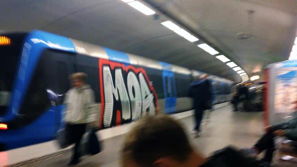 graffiti subway train stockholm sweden backjump running moas