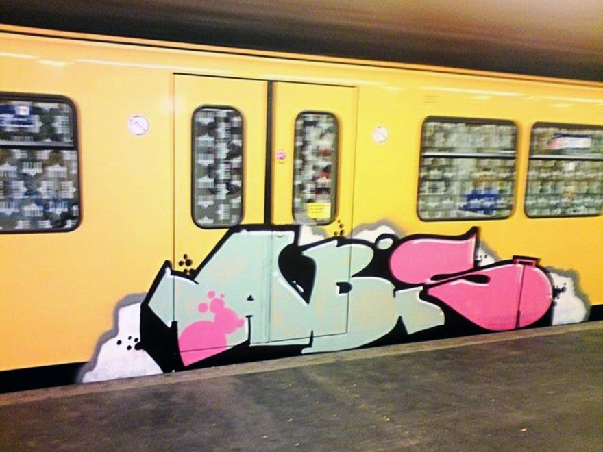 graffiti subway train berlin germany abis bad