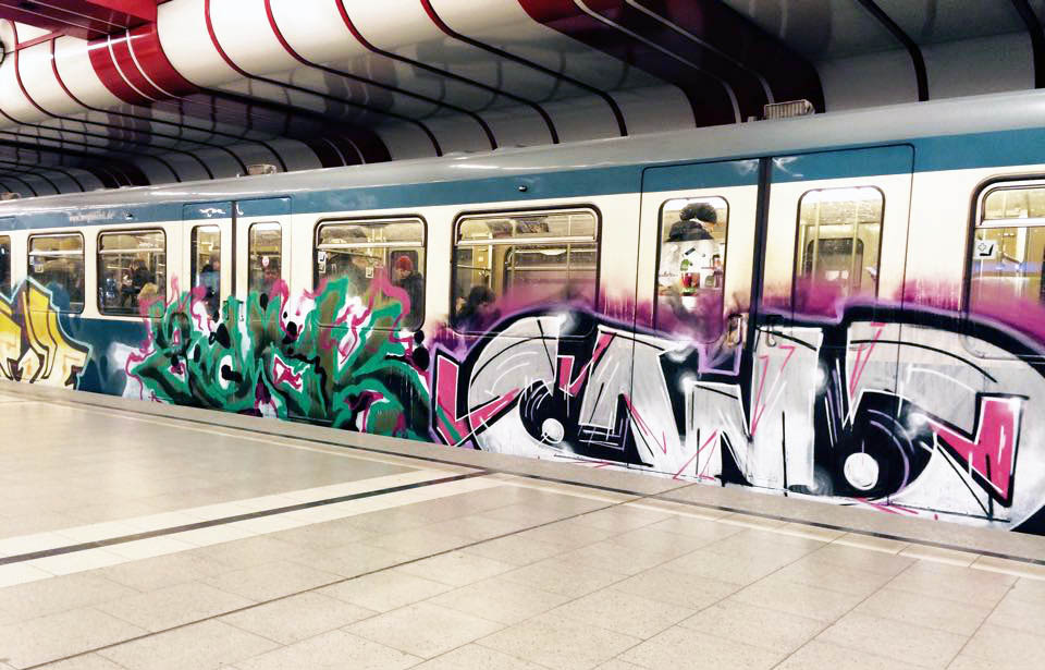graffiti train subway munich germany 2015 running