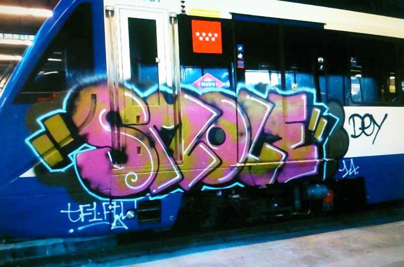 graffiti subway train madrid spain smole