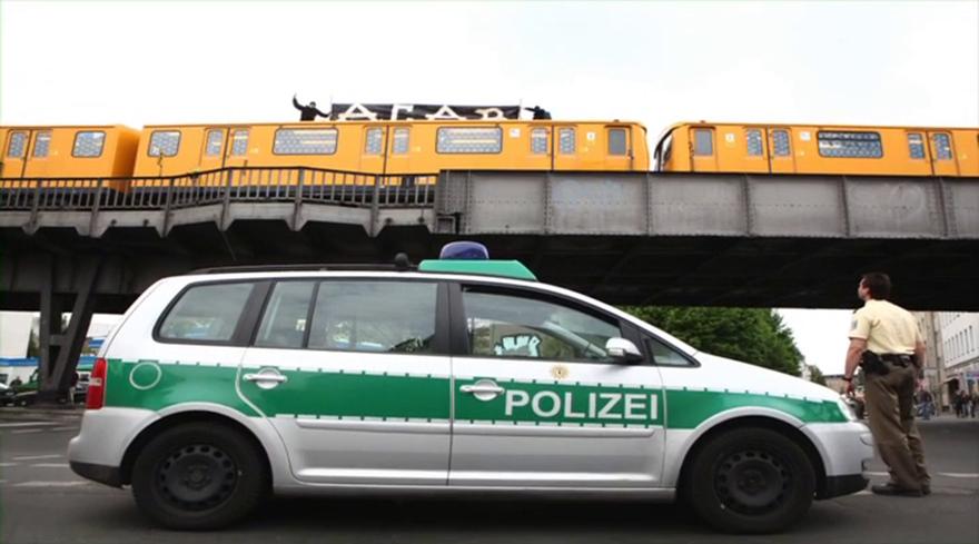 graffiti subway train berlin acab