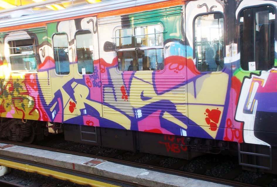 graffiti train subway athens greece 2015