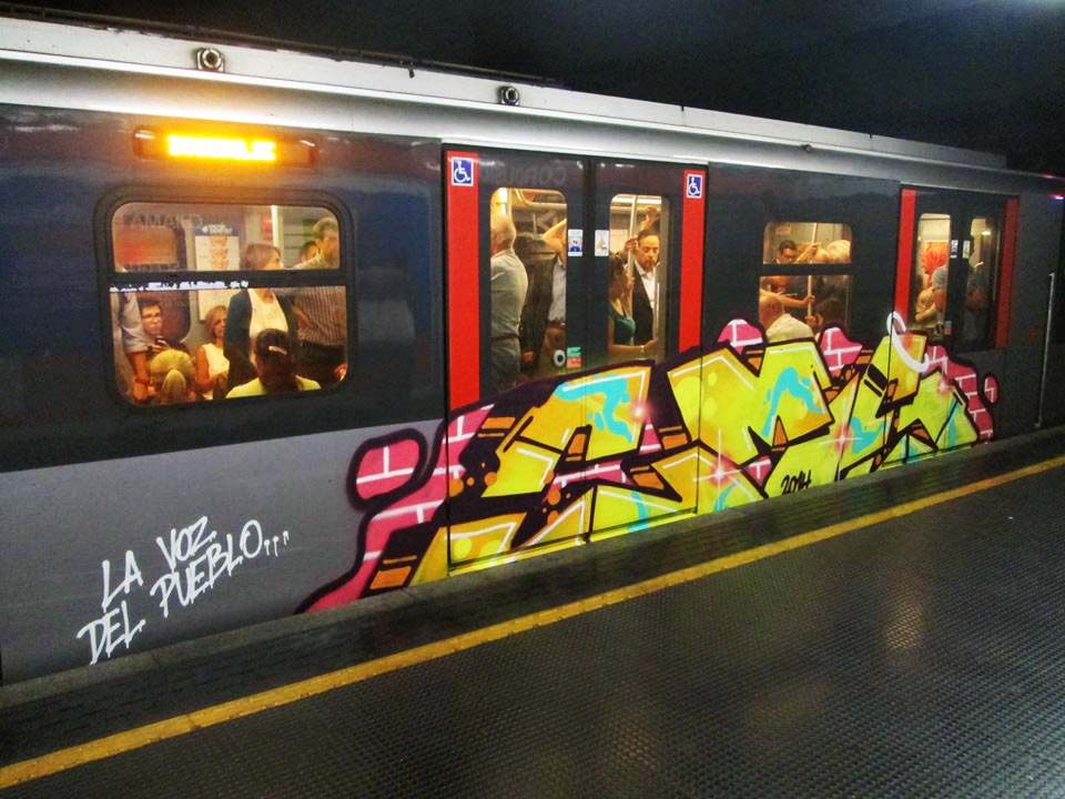 graffiti train subway milan italy cms