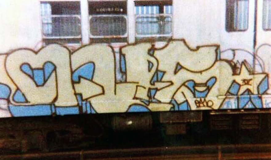 nyc train graffiti subway early 70s newyork USA