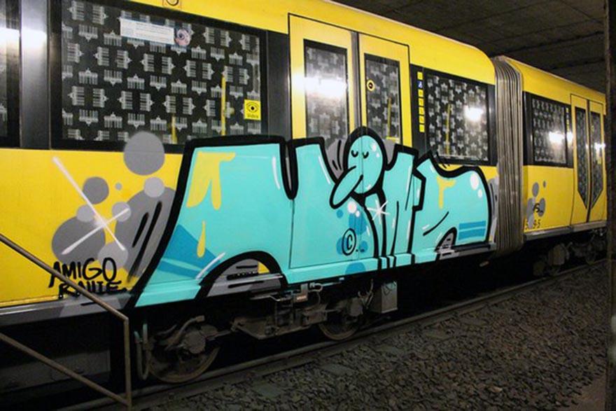 graffiti train subway berlin germany vino