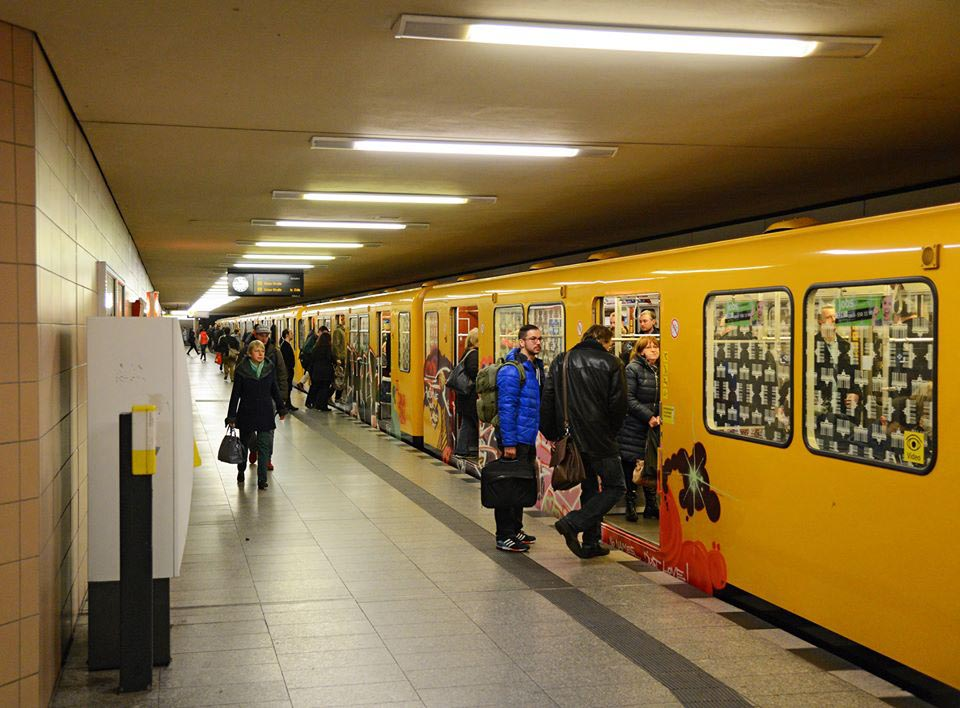 graffiti subway train berlin running rush hour germany