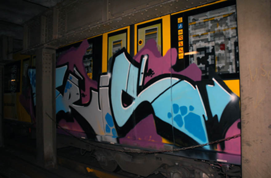 graffiti subway train berlin germany trus