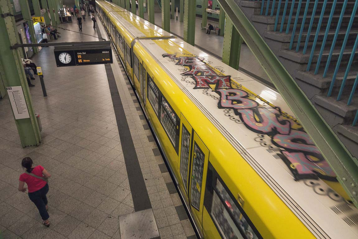 graffiti subway train berlin germany bambus hard2buff