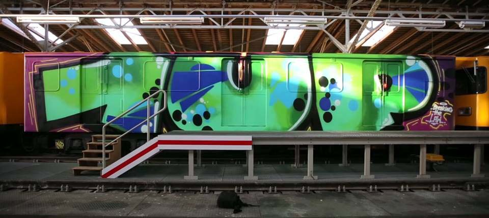 graffiti subway train berlin germany 1UP wholecar