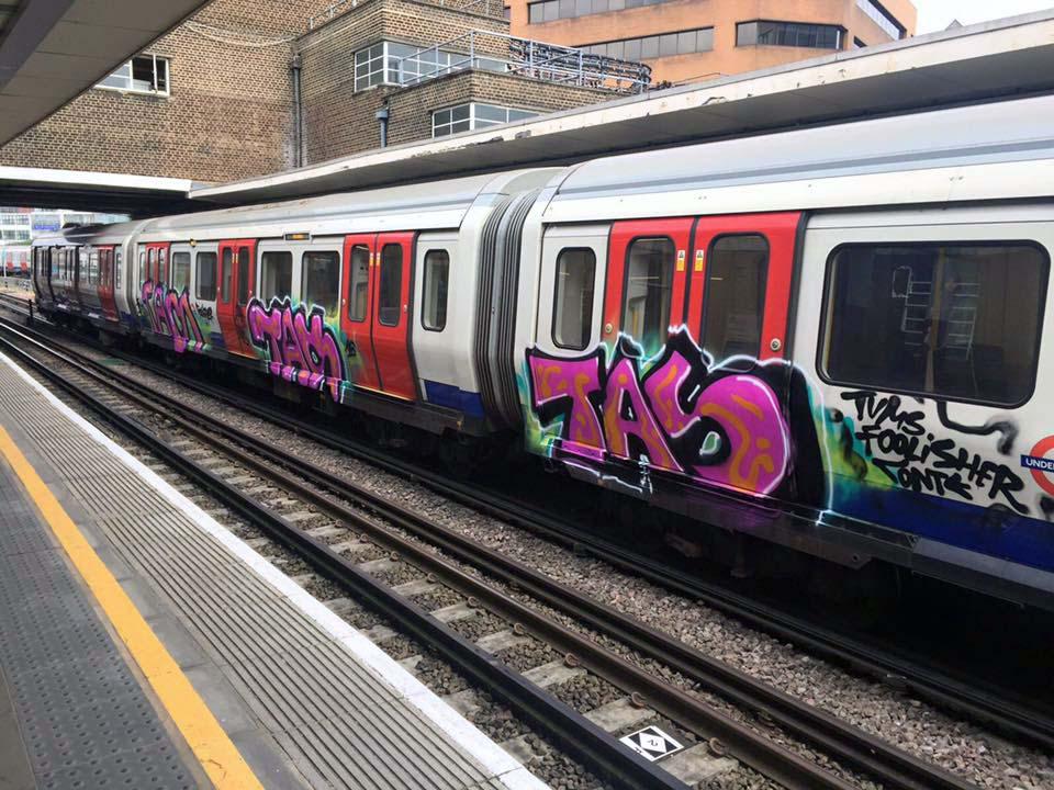 graffiti subway train london uk backjump tas