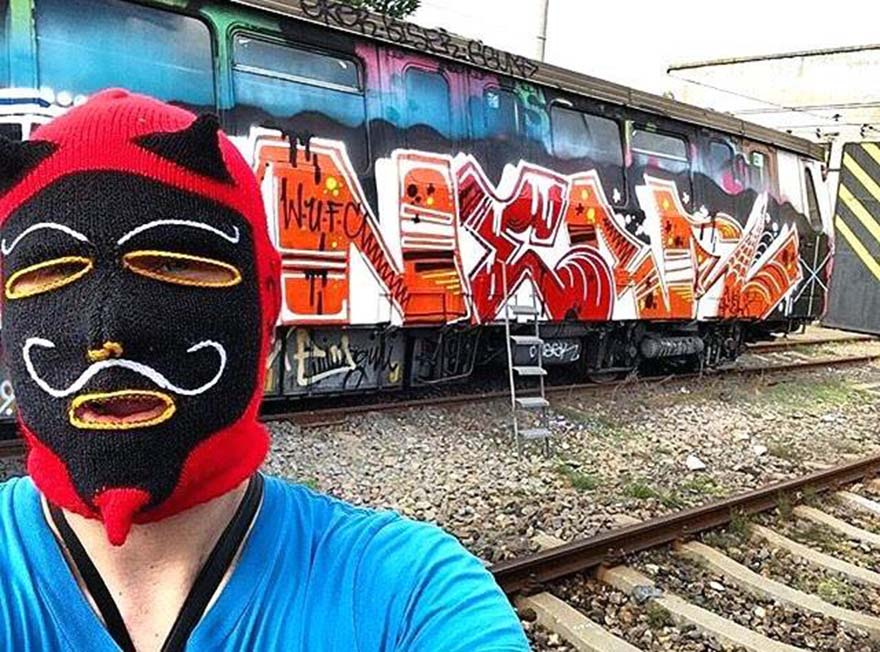 graffiti subway train bucharest romania devilselfie ner