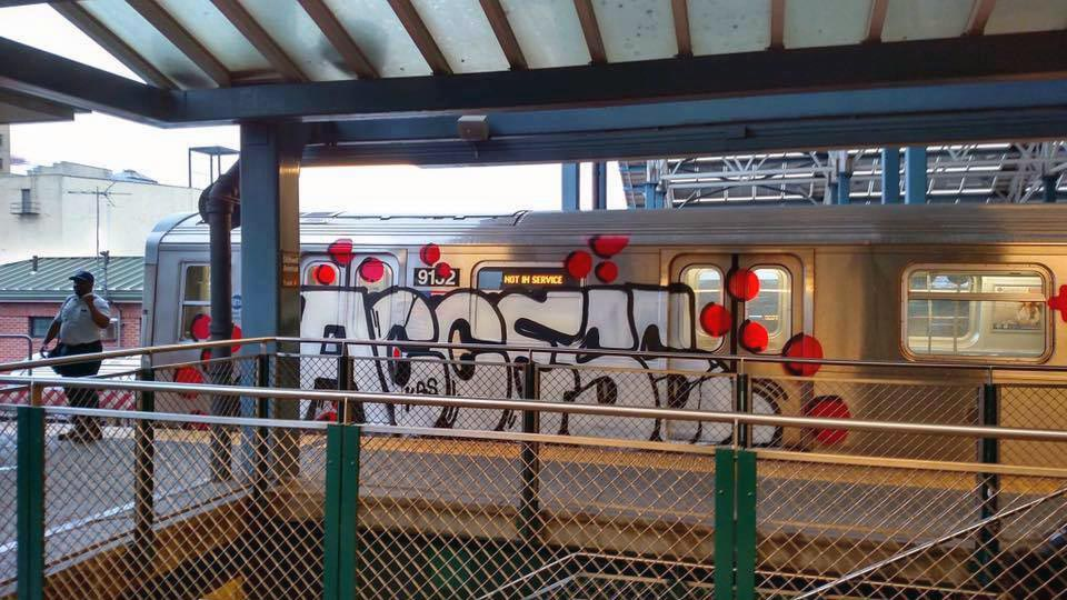 graffiti train subway nyc newyork usa mta access running 2016