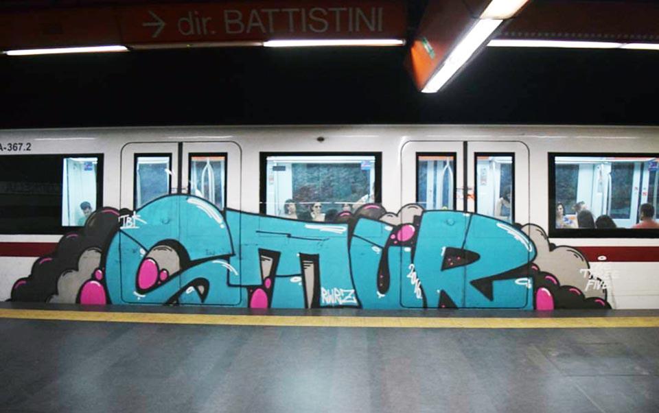 graffiti subway train rome italy stur running 2016