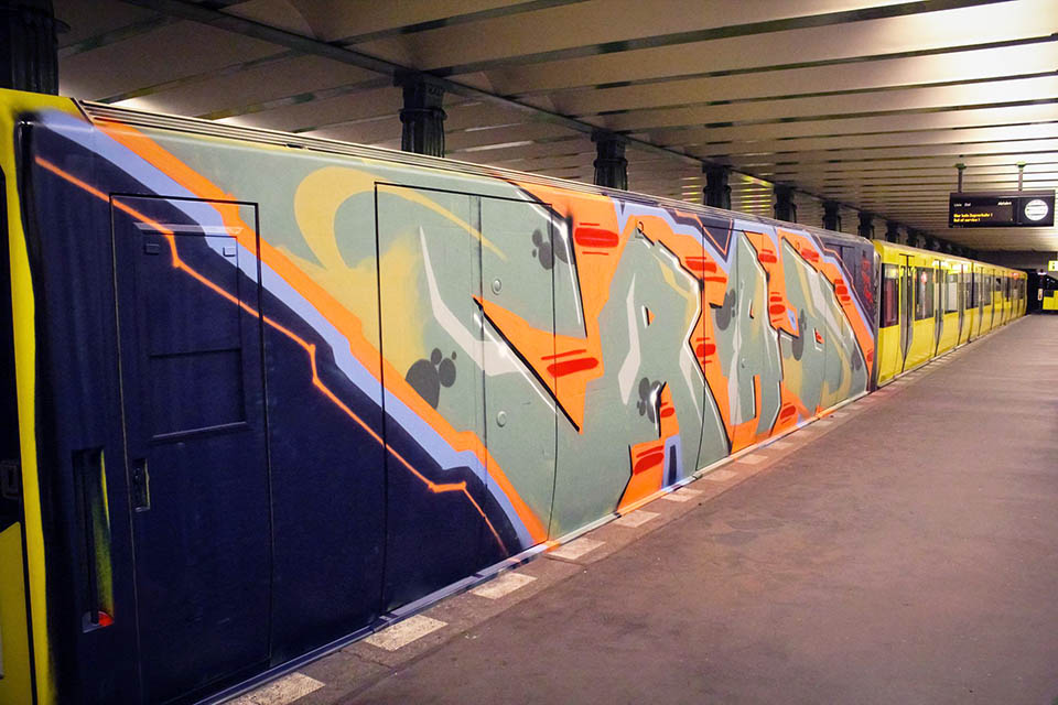 graffiti train subway berlin germany wholecar