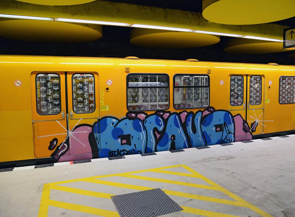 graffiti train subway berlin germany bravo 2016