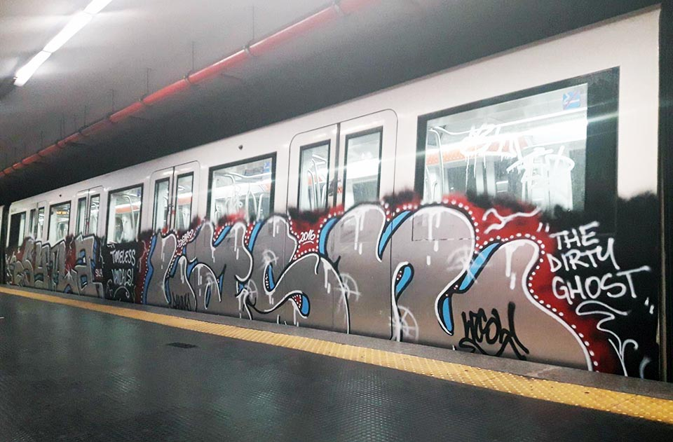 graffiti subway train rome italy syla lash 2016 running