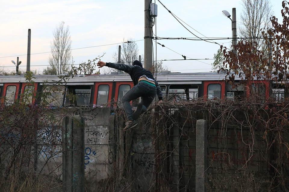 graffiti subway train bucharest romania action