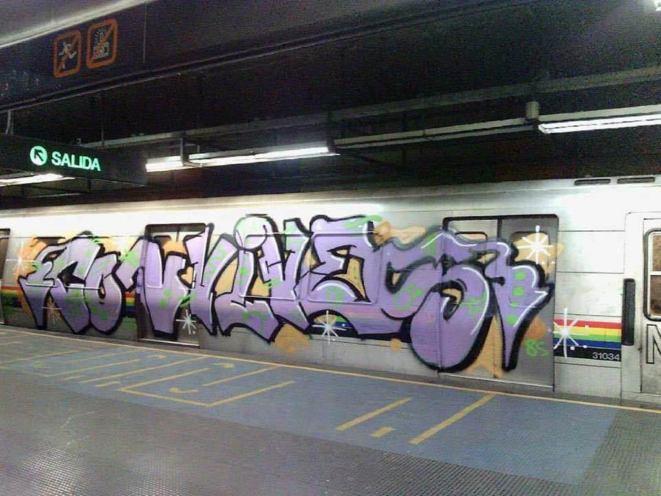 graffiti subway train cacarcas venezuela