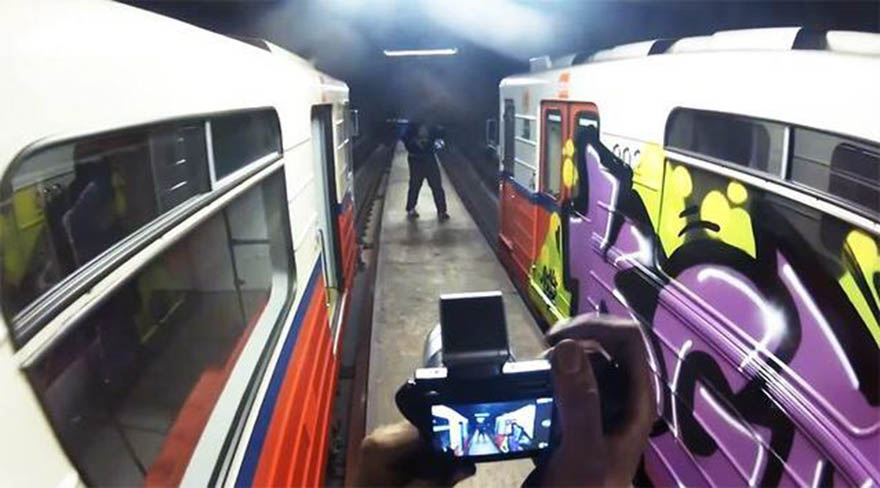 subway graffiti train metro warsaw poland kgm