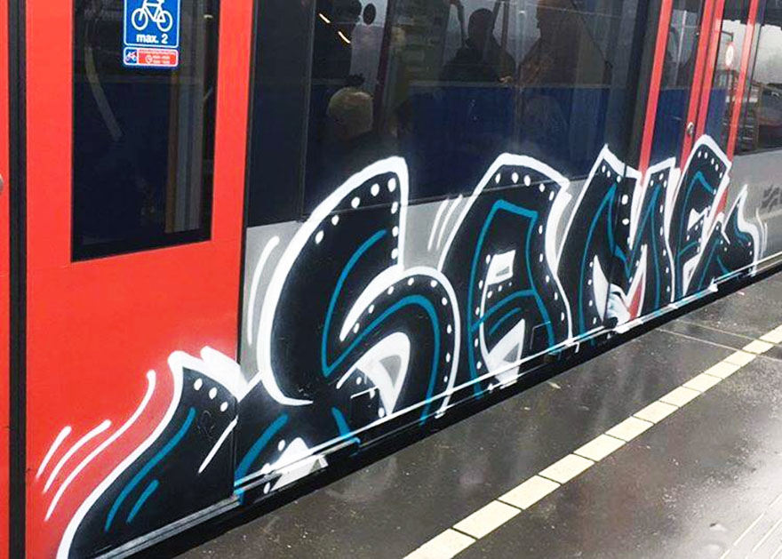subway graffiti train metro same holland amsterdam running