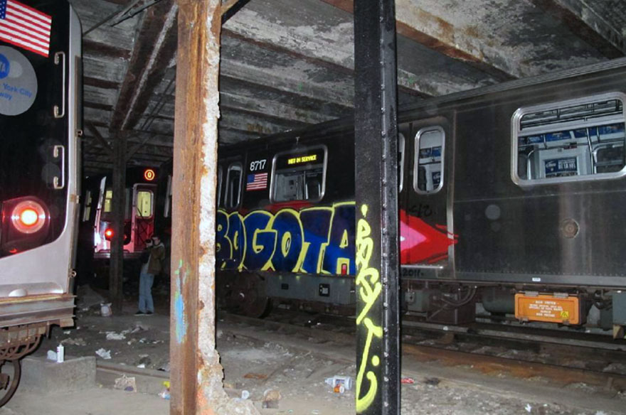 graffiti train subway writing nyc usa newyork bogota