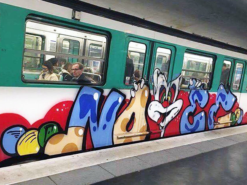 train graffiti writing subway paris france noee running