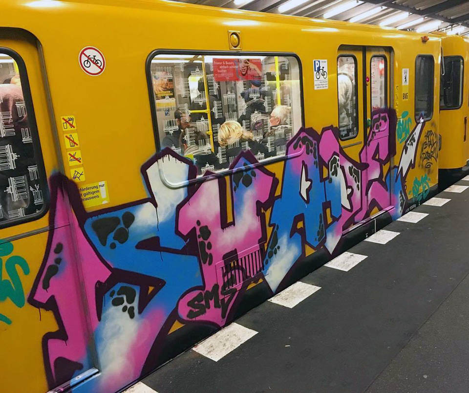 graffiti train subway writing berlin germany running
