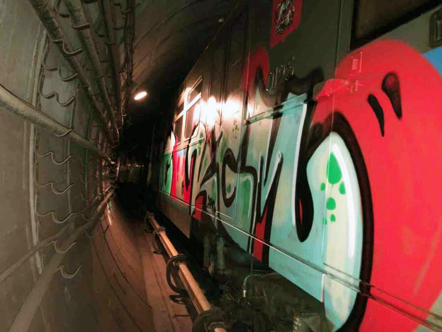 graffiti train subway writing moskow russia kgm