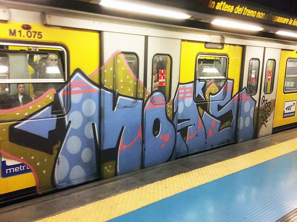graffiti writing trains subway naples italy running moas 2018