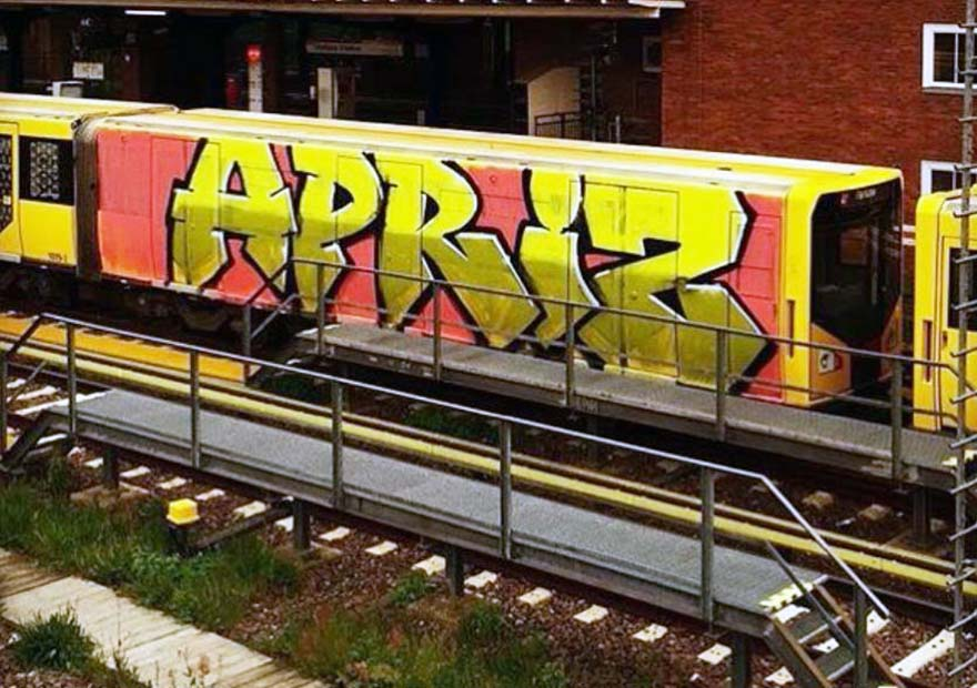 graffiti subway train writing berlin germany wholecar apris
