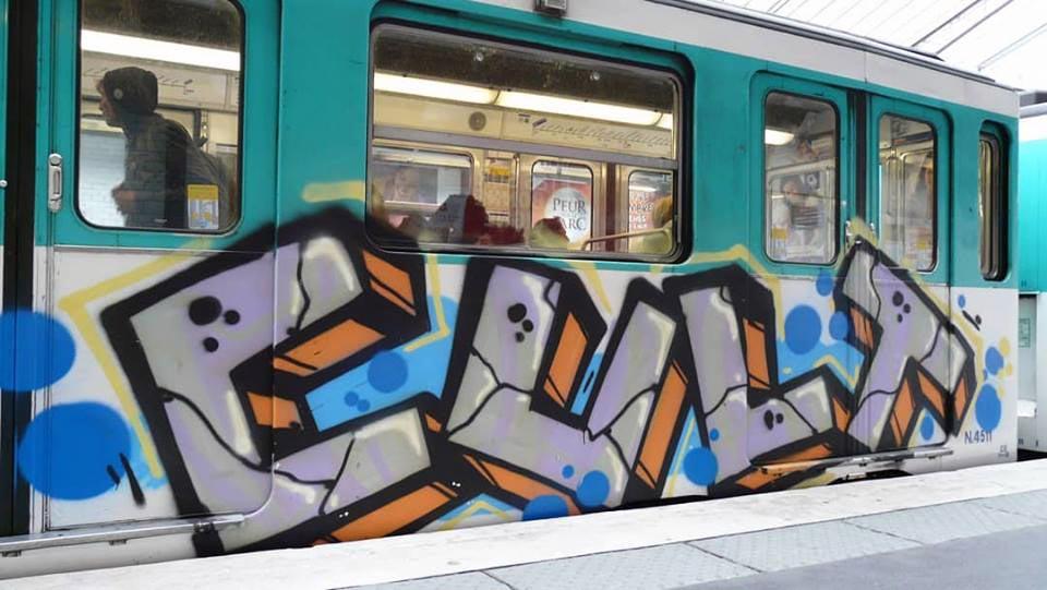 graffiti subway train writing paris france cult running