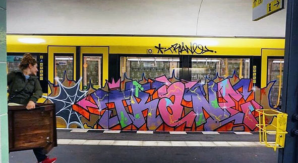 graffiti train subway writing art berlin germany